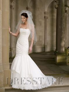 Unique Trumpet / Mermaid Strapless Floor-length Taffeta White Wedding Dresses, US$125.99