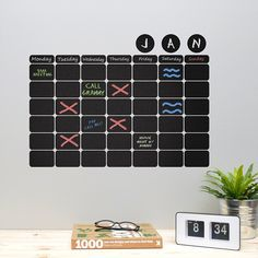Mini chalkboard wall decal~ #looksugar #mini #chalkboard #chalkboarddecal #walldecal #wallsticker #decal #sticker #designstudio #office #officedesk #fridge #fridgesticker #refrigerator #modernhouse #modernhome #writable #chalkpen #blackboard
