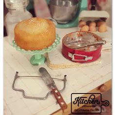 Dollhouse Miniatures Fruit Candy Tarts on Basket Bakery Food Sweet Doco Barbie