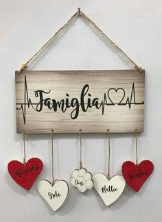 As time goes by, it seems that it becomes more difficult to find good ideas for birthday gifts for husband, Is not it? Diy Home Crafts, Diy Arts And Crafts, Craft Stick Crafts, Wood Crafts, Paper Crafts, Arte Pallet, Pallet Art, Birthday Gifts For Husband, Diy Wood Signs