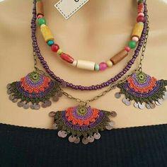 Macrame Jewelry, Ethnic Jewelry, Boho Jewelry, Form Crochet, Crochet Motif, Felt Art, Yarn Crafts, Needlework, Crochet Stitches