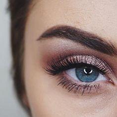 Stunning eye makeup #eyeshadow