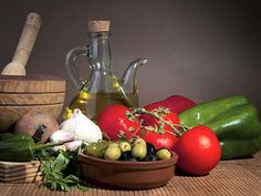 """#fasting #primal Study Turns Tables on Current Thinking of 'Western' vs Mediterranean Diet in CHD """"In separate analyses, the WDS was not or was only very weakly associated with plasma lipids, fasting glucose, and measured blood pressure, so I think this diet pattern has only a small influence on conventional risk factors,"""" he said. """"Another ... http://www.medscape.com/viewarticle/862762"""