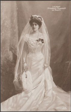 Pss Gabrielle of Bavaria, the day of her wedding with Prince Rupprecht of Bavaria.