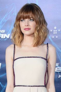 Emma-Stone-Long-Bob-Hair-with-Ombre-Color Beautiful Ombre Bob Hairstyles Wavy Bob Hairstyles, Lob Hairstyle, Haircuts With Bangs, Lob Bangs, Short Haircuts, Modern Haircuts, Braided Hairstyles, Wedding Hairstyles, Wedding Updo