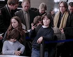 Those are Robert Carlyle's kids!!