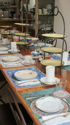 juliana lopez may Safe Haven, Table Settings, Tutti Frutti, Kitchen, Decor Ideas, Natural, Dinnerware, Kitchens, Mesas