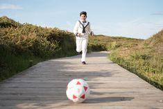 FOTOGRAFIA DE COMUNION NIÑO- Irene Cazón Fotografía Asturias Boys First Communion Outfit, Boy Fashion, Sailor, Irene, Luz Natural, Pictures, Photography, Beautiful, Collections