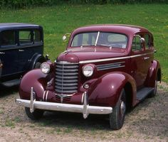1937 Oldsmobile Six 4 door