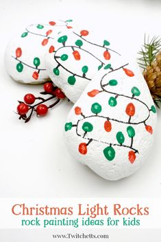This Christmas lights rock art is easy, fun, and a perfect painted rock to give as a gift or hide in your nearest park. #christmaslightrockart #christmasrocks #rockpainting #stonepainting #christmascraftsforkids #craftsforkids #diychristmasgift #easyrockpainting #stonepaintingtechniques #twitchetts