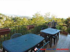 Vous envisagez d'investir dans un achat immobilier entre particuliers près de la mer ? Découvrez cette belle maison constituée de deux appartements et située à Vallauris dans les Alpes-Maritimes  http://www.partenaire-europeen.fr/Annonces-Immobilieres/France/Provence-Alpes-Cote-d-Azur/Alpes-Maritimes/Vente-Maison-Villa-F8-VALLAURIS-819135 #maison