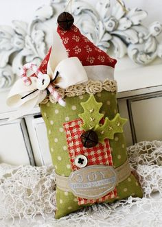 Adorable Christmas craft by Melissa Phillips!