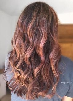 25 Best Hairstyle Ideas For Brown Hair With Highlights: Light brown hair with rose-gold highlights