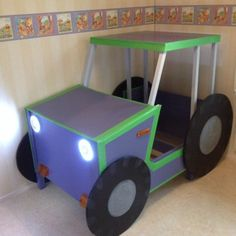 Leksvik toddler tractor bed
