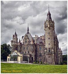 Castillo Moszna, Polonia.