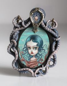 Octopus girl cameo by Mab Graves. I want one so bad