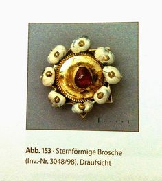brooch from the Erfurt treasure 14. th century