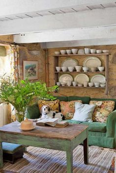 Love the green sofa and green coffee table!