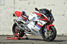 OW01, de Yamaha legende. Superbike racemotor.