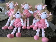 1 million+ Stunning Free Images to Use Anywhere Teddy Bear Sewing Pattern, Doll Sewing Patterns, Sewing Dolls, Baby Stella Doll, Doll Carrier, Pink Doll, Free To Use Images, Diy Crafts For Gifts, Fairy Dolls