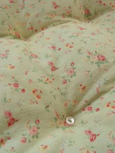 Vintage French feather quilt BEAUTIFUL celedon green.