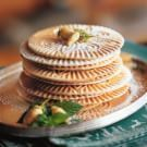 Thin, crisp cookies called <i>pizzelle</i> can be transformed into irresistible ice cream sandwiches or rolled into small cones. Pizzelle Cookies, Galletas Cookies, No Bake Cookies, Pizzelle Maker, Köstliche Desserts, Delicious Desserts, Dessert Recipes, Yummy Food, Biscuits