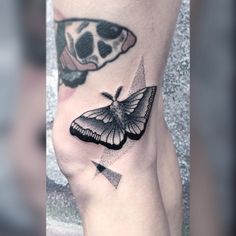 #tattoo #black #blackink #blackwork #blacktattoo #blackworkers #blackworkers_tattoo #blxckink #FORMink #dot #dots #dotwork #dotworkers #flashworkers #darkart #darkartists #art #onlyblackart #blackndark #bw #polandtattoos #moth