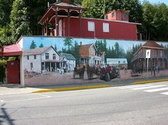 The murals are on the downtown buildings. Beautiful town on Vancouver Island. Best Places To Travel, Great Places, Places Ive Been, Vancouver City, Vancouver Island, Pacific Coast, East Coast, Time In Canada, Hiking Routes