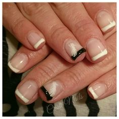 Nails francesa con pluma