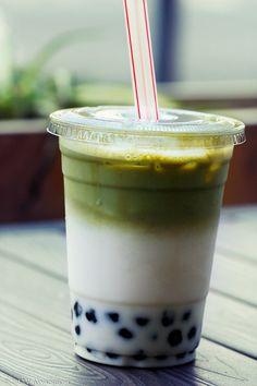 matcha green milk tea with bubbles