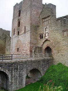 Ludlow Castle gatehouse - Wars of the Roses