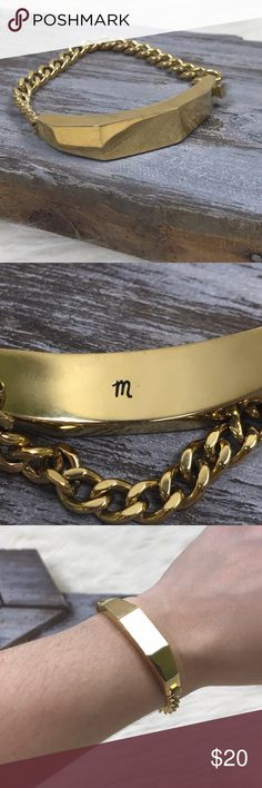 """[Madewell] Sculpture ID Bracelet Gold Tone Chain Sculptural ID plate on a sleek, substantial chain. Box clasp closure. Stainless steel. A great addition to any bracelet stack.    Length: 6.5"""" Condition: Good pre-owned condition. Some small scratches on the ID plate. Overall in good shape. Madewell Jewelry Bracelets"""