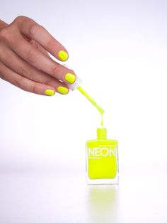 neon yellow nailpolish