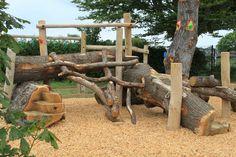 Garten Log natural climbing playground - best garden decoration How To Balance Working At Home And R Kids Outdoor Play, Outdoor Play Spaces, Kids Play Area, Backyard For Kids, Outdoor Fun, Natural Outdoor Playground, Natural Play Spaces, Garden Types, Diy Garden