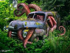 Giant Octopus - Worth1000 Contests