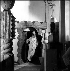 Constantin Brâncuși in his Studio (Atelier), 1945-1946  Photo by Wayne Miller  Constantin Brâncuși: http://en.wikipedia.org/wiki/Constantin_Br%C3%A2ncu%C8%99i