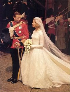 Prince Edward, Duke of Kent, marries Katharine Worsley in 1961.