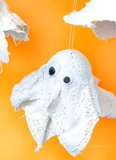 Hui buh DIY Gespenster aus Gips Halloween Deko mit Kindern