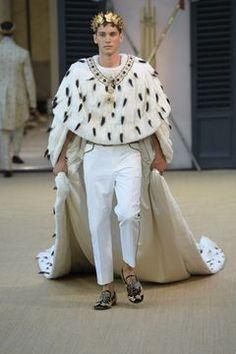 Dolce & Gabbana Alta Sartoria Haute couture Fall/Winter Homme Fashion Show Daily Fashion, Live Fashion, Fashion 2020, Fashion Models, Fashion Show, Mens Fashion, Fashion Design, Style Couture, Haute Couture Fashion