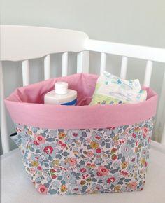 Panier de rangement LIBERTY Betsy Porcelaine et coton rose 20x20cm (Taille2)  : Décoration pour enfants par dea-concept