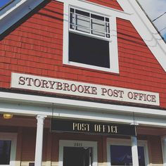 "Any ""Once upon a time"" fan here? Storybrooke is my home town. It's indeed a magical place"