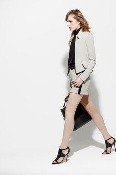 Elie Saab Resort 2013 Fashion Show - Karolina Waz (ELITE)