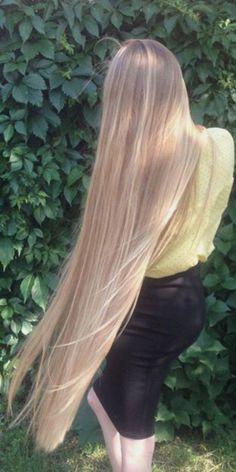 Long Hair Problems, Rapunzel, Baby Blonde Hair, Wow Hair Products, Really Long Hair, Teen Hairstyles, Silky Hair, Beautiful Long Hair, Shoulder Length Hair