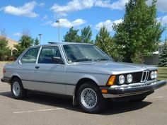 1981 BMW 3 Series Pictures: See 31 pics for 1981 BMW 3 Series. Browse interior and exterior photos for 1981 BMW 3 Series. Bmw E21, Bmw Alpina, Bmw Classic Cars, Import Cars, Bmw Cars, Vintage Cars, Cool Cars, Trucks, Vehicles
