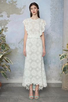 Come across great types Wedding Party Dresses, such as Wedding Party Evening wear for Bridesmaids andWedding Event Clothes for Mother of the Bride. Elegant Dresses, Pretty Dresses, Beautiful Dresses, Formal Dresses, Luisa Beccaria, Lace Dress, Dress Up, White Dress, Day Dresses