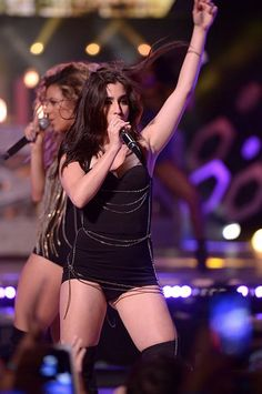 Fifth Harmony on stage at the #MMVAs
