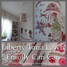 Une demoiselle qui grandit... Un nouveau lustre demandé... Une envie de chevaux, bien sûr (rires)... Tout de suite j'ai une idée, avec du Liberty Tana Lawn. Je cherchais un Liberty avec des chevaux de manège lorsque je suis tombée sur cette pièce ! OUAHHH...