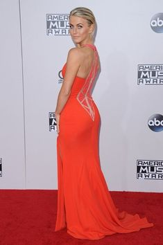 Julianne Hough Photos: Arrivals at the American Music Awards