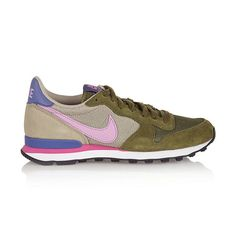 Leichte Retro-Sneaker aus olivgrünem Velourleder, Mesh in Beige und rosa Ledereinsätzen.
