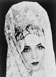 Dolores Del Rio and her eyes